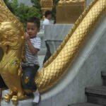 China dampft – leider zu viele Jugendliche