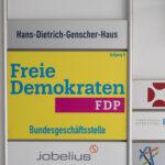 FDP erkundigt sich nach Covid und Nikotin